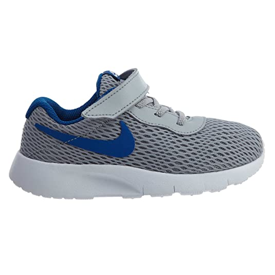 c1e0bf42e Nike Tanjun (TDV) - Zapatillas para niños  Amazon.es  Zapatos y complementos