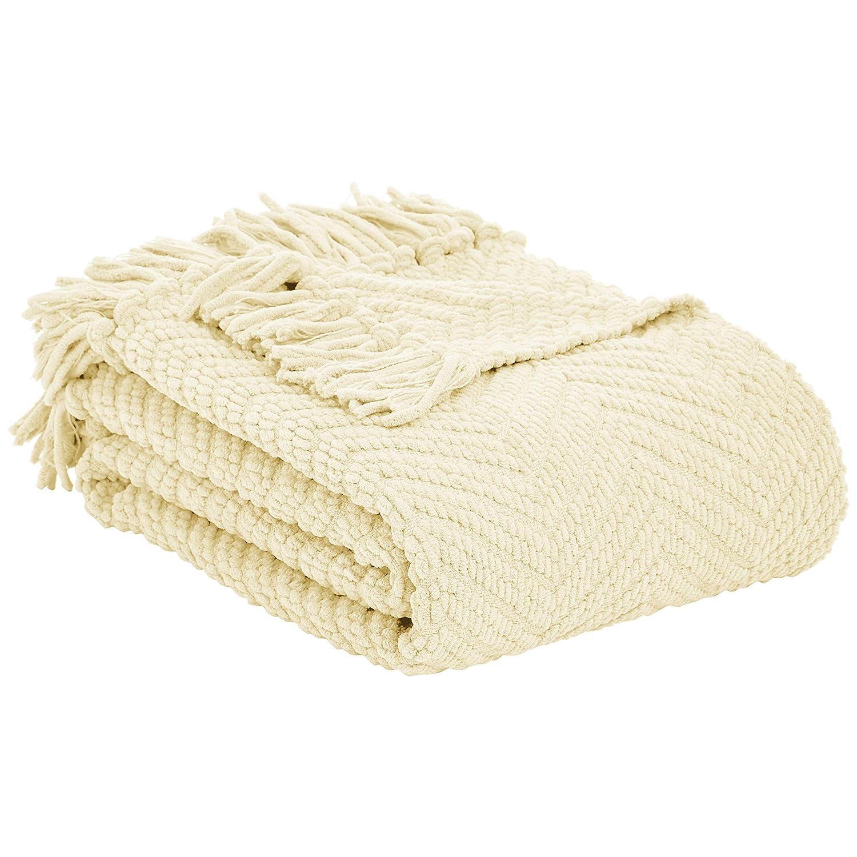 50 x 60 Light Grey Basics Chunky Knitted Fringed Blanket