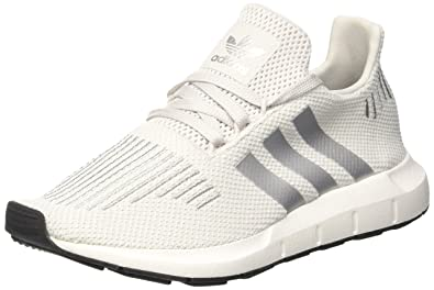 adidas women swift run trainers