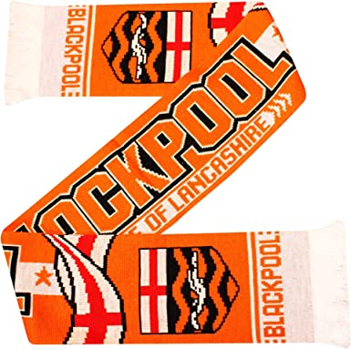 Amazon Com Blackpool Fc Seasiders Scarf Soccer Equipment Clothing