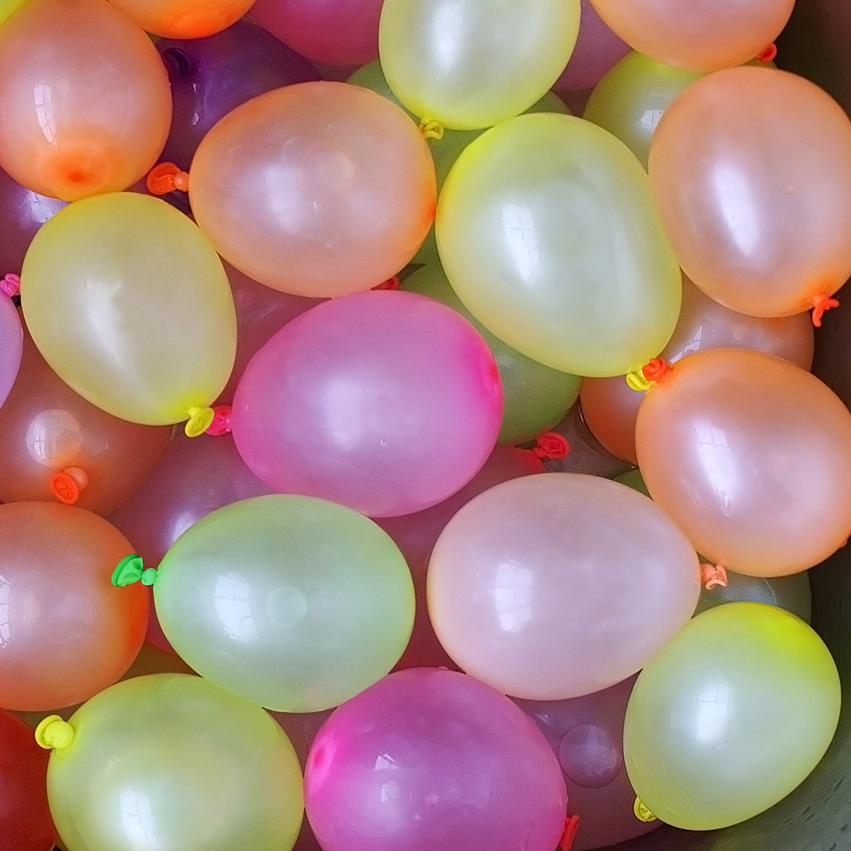 Cool & Fun {110 Count Pack} of 4'' Inch ''Standard Size'' Water Balloon Bomb Grenades Made of Latex Rubber w/ Pre Tied Cool Design {Pink, Blue, Yellow, Orange & Green Colored} w/ Nozzle Attachment by mySimple Products