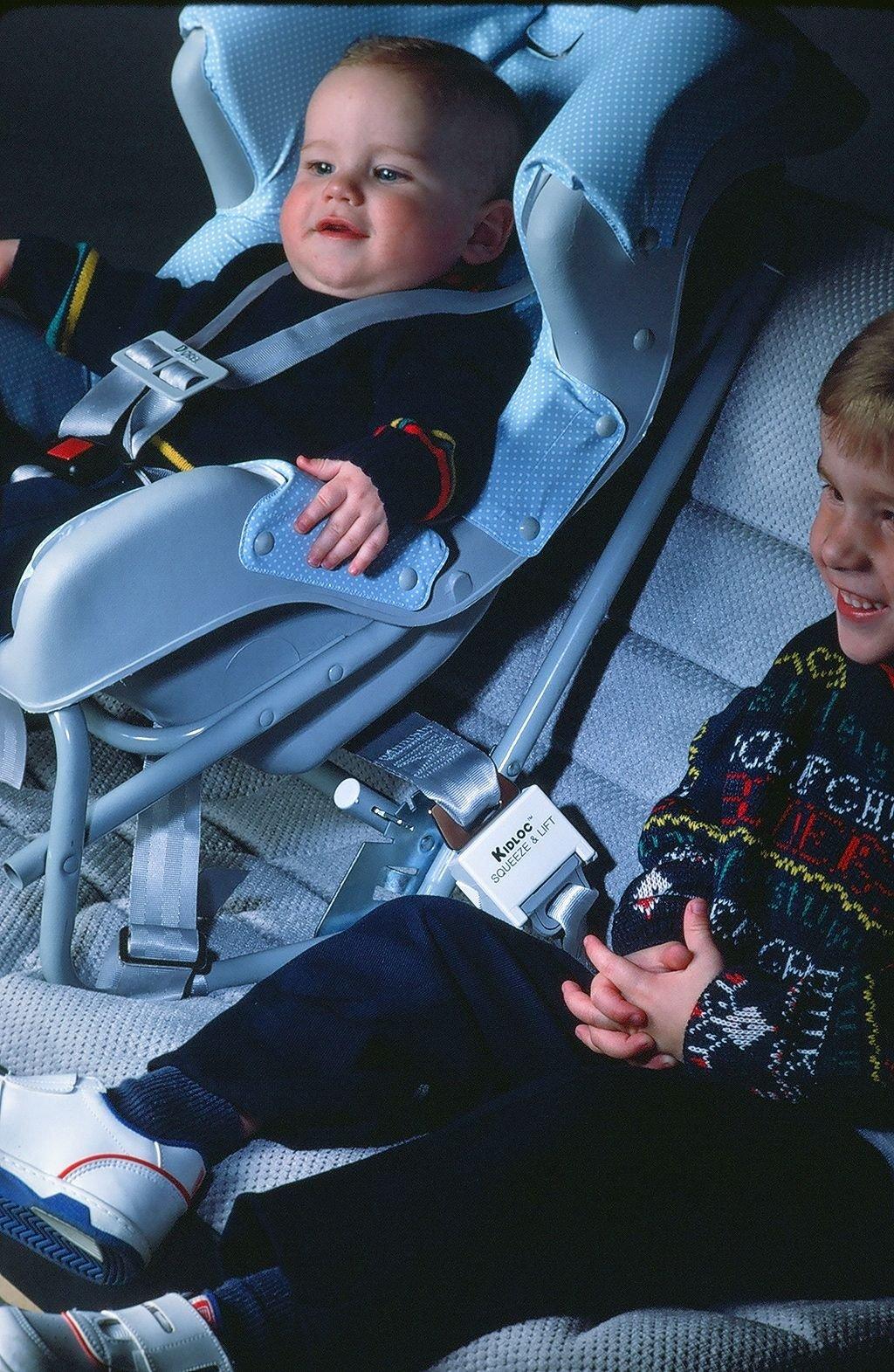 KIDGARD Seat Belt Guard 2/pak by KIDGARD Juvenile Products