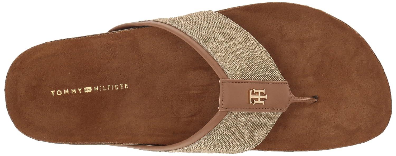 df7fd61da Amazon.com  Tommy Hilfiger Women s Giulio Flat Sandal  Shoes
