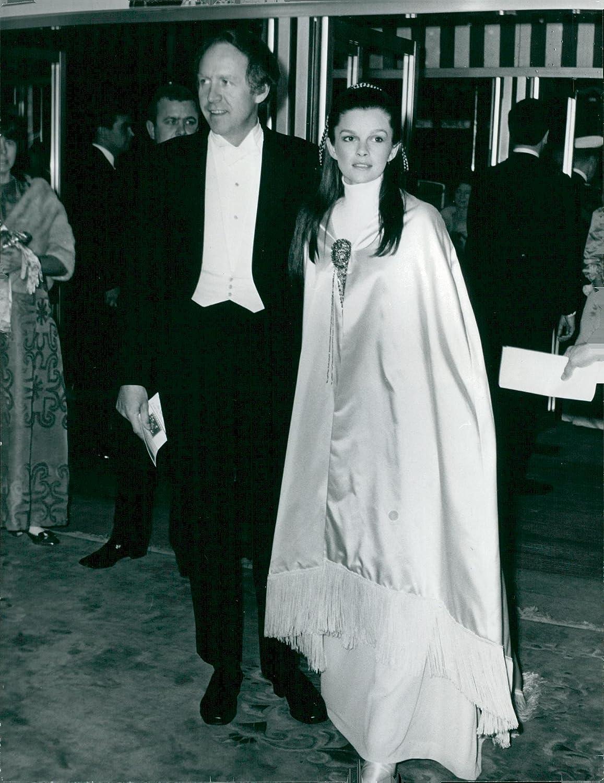 Alonso Oyarzun,Holly Aird (born 1969) XXX archive David Niven (1910?983),Diana Quick (born 1946)