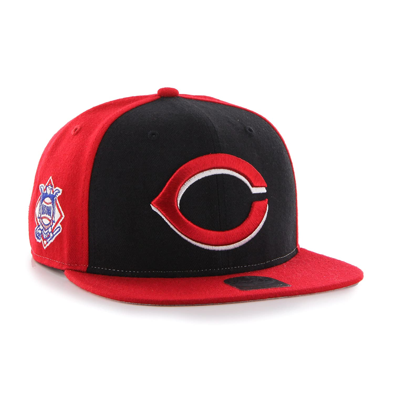 Amazon.com    47 MLB New York Yankees Sure Shot Accent Captain Adjustable  Snapback Hat af63e9ff2f1b