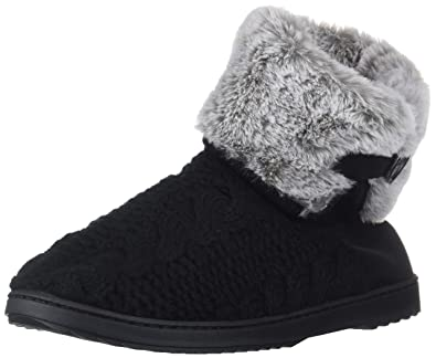 249dba800f71 Image Unavailable. Image not available for. Color  Dearfoams Women s Cable  Knit Boot Slipper Black M ...