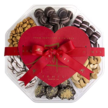 Nuts And Chocolate Gift Box Win Mother S Day By Gifting This Delicious Chocolates Kosher 1 50 Lb