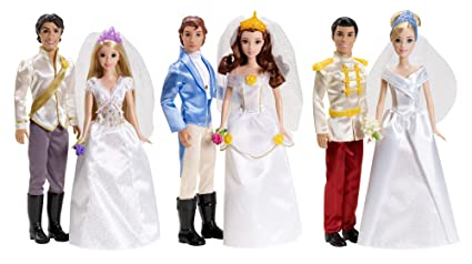 Amazon.com: Disney Princess Fairytale Wedding 6-Doll Gift Set: Toys ...