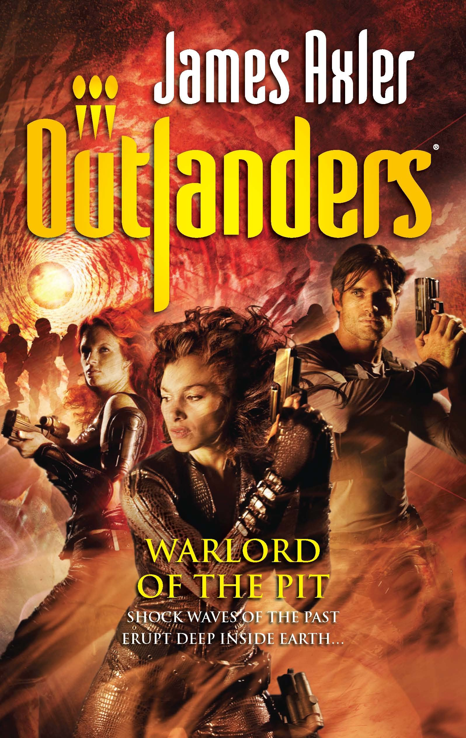 Amazon.com: Warlord of the Pit (Outlanders) (9780373638642): James Axler:  Books