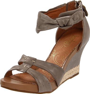 530b48ab199738 Clarks Women s Sky Reno Wedge Sandal