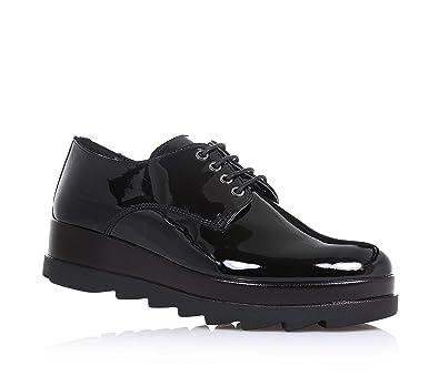 193dd36884 Cult Schwarzer Halbschuh mit Schnürsenkel, Aus Lackleder, mit sichtbaren  Nähten und Gummisohle, Mädchen, Damen: Amazon.de: Schuhe & Handtaschen