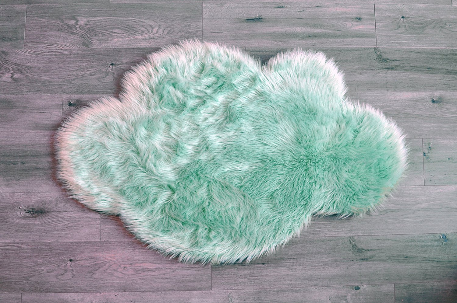 2 7 x 3 7 Soft and silky 2/' 7 x 3/' 7 - Mint Cloud KROMA CARPETS playroom - Mint Cloud playroom Perfect for babys room Machine Washable Faux Sheepskin Mint Cloud Area Rug 32 x 44 nursery