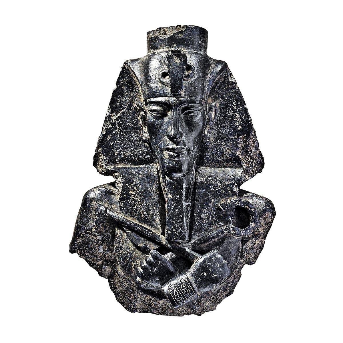 Design Toscano Egyptian Pharaoh Akhenaten Wall Sculpture CL5122