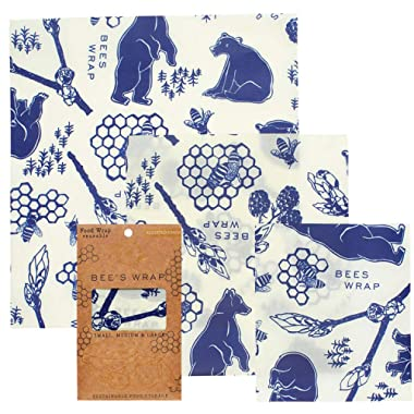Bee's Wrap Assorted 3 Pack, Eco Friendly Reusable Beeswax Food Wraps, Sustainable, Zero Waste, Plastic Free Alternative for Food Storage - 1 Small, 1 Medium, 1 Large