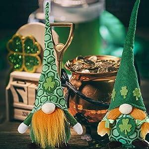 Set of 2 St. Patrick's Day Gnome Decorations Handmade Irish Leprechaun Nisse for Irish Saint Paddy's Day Gift Shamrock Tomte Elf Dwarf Scandinavian Folklore Household Ornaments Spring Gnome