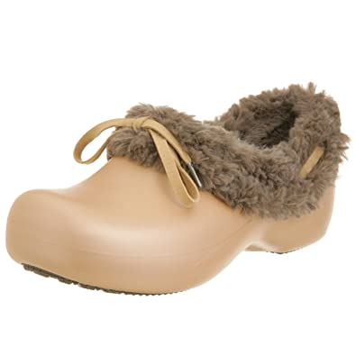 a08454bb0 Crocs Women s rounded tips gold Size  3 UK  Amazon.co.uk  Shoes   Bags
