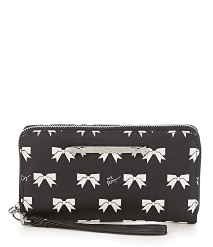 Amazon.com: Betsey Johnson - Cartera de muñeca con ...