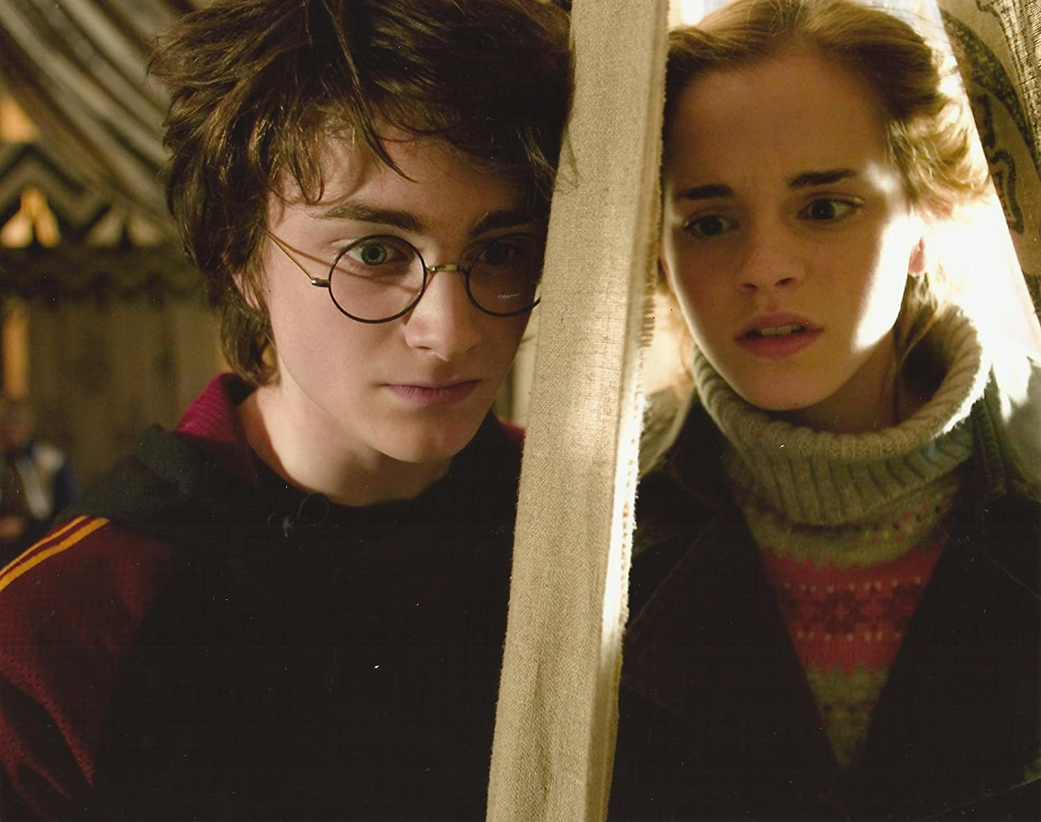 Harry Potter And The Goblet Of Fire Daniel Radcliffe Emma Watson Hermione Granger Talking To Harry In Tent 8 X 10 Photo At Amazon S Entertainment Collectibles Store
