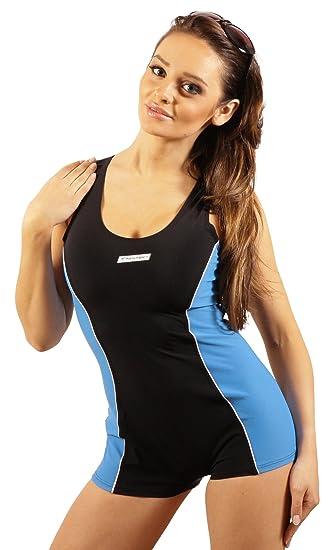 e3bf90a8daf3d4 Damen Badeanzug mit Bein Schwimmanzug Hotpants mit Schwimmerrücken SK0028:  Amazon.de: Bekleidung