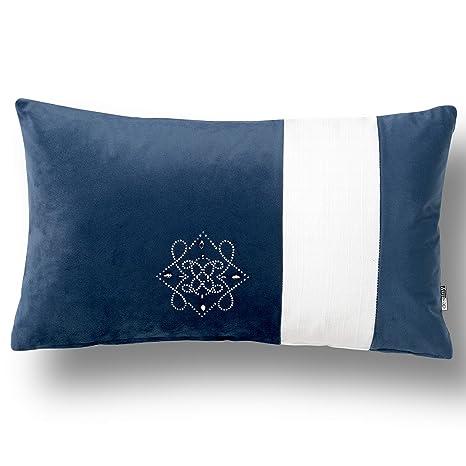 Amazon.com: Cojín Swarovski de Kimlor Mills, color azul ...