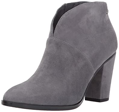 fa24e9440326 Amazon.com  206 Collective Women s Everett High Heel Ankle Bootie  Shoes
