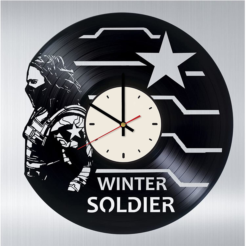 Amazon Com Pieceful Winter Soldier Vinyl Record Wall Clock Artwork Gift Idea For Birthday Christmas Women Men Friends Girlfriend Boyfriend And Teens Living Kids Room Nursery White Black Home Kitchen