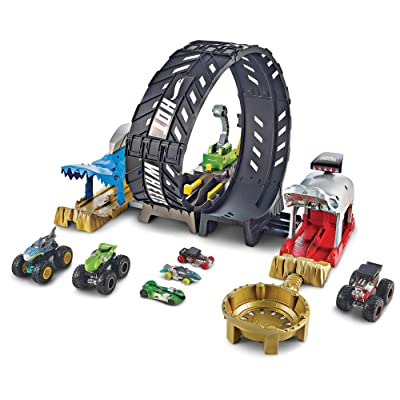 Hot Wheels Monster Truck Epic Loop Challenge Play Set with Truck and car: Toys & Games