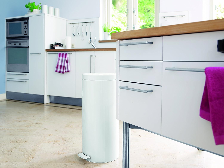 Amazon.com: Brabantia Step Trash Can with Plastic Inner Bucket, 7 ...