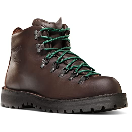 "Danner Men's Mountain Light II 5"" Boot Brown 8 M & Knit Cap Bundle"