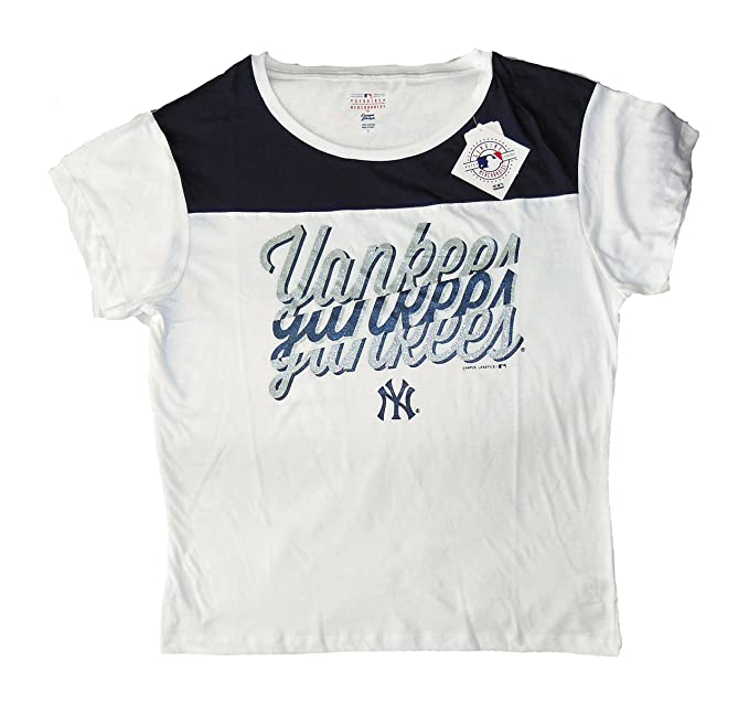 Campus Lifestyle Women s Official MLB Merchandise NY Yankees Shirt (Medium  Only) 5d19be80ed4