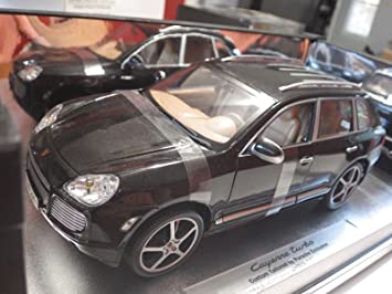 Minichamps Pauls Model Art (Thailand) Black Porsche Cayenne Turbo 1:18 NIB