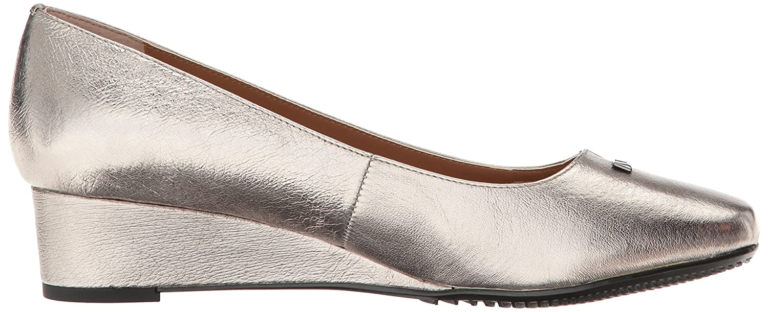 J.Renee Women's Yaralla Wedge Pump B01IRXCPRC 7.5 W US|Metallic Taupe
