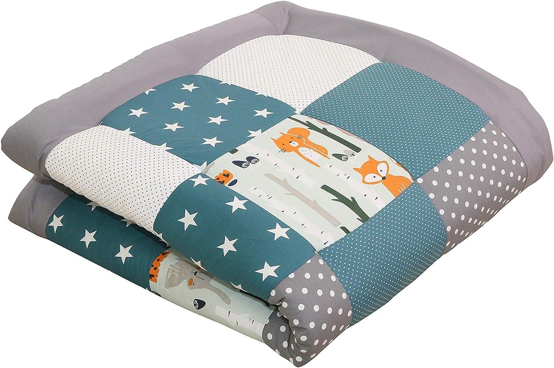 Alfombra para gatear de ULLENBOOM ® con bosque, verde, azul (manta para bebé de 100x100 cm; ideal como colcha para el cochecito; apta como alfombra de juegos)