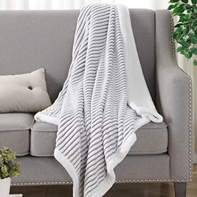 New Style Solid Super Soft Plush Fleece Sofa Bed Cover Warm Blanket Throw 6 Size