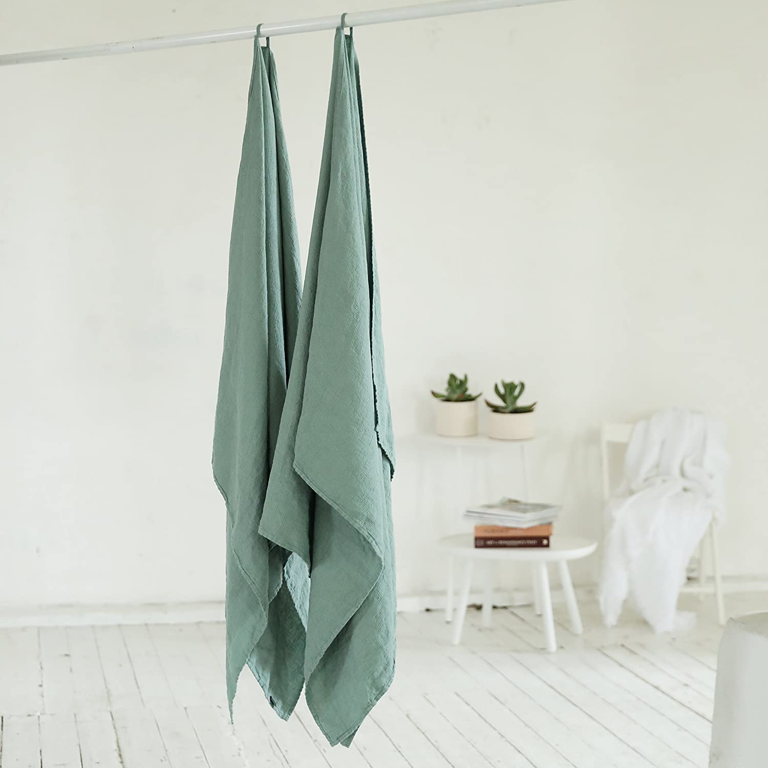 European Linen Super Absorbent Linenme 0674002 Machine Washable Bath Sheet Linen Bath Towel Washed Waffle Spa Green 30 x 51 Made in Europe