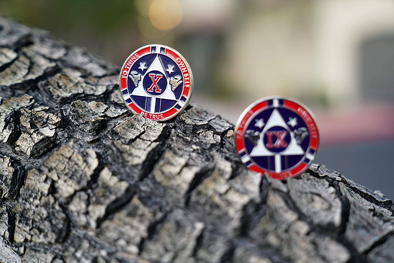 MyRecoveryStore 26 Year Red and Blue Patriotic Yearly AA Medallion Large Sized w//Coin Capsule Red and Blue Alcoholics Anonymous AA Chip 1-50 Years