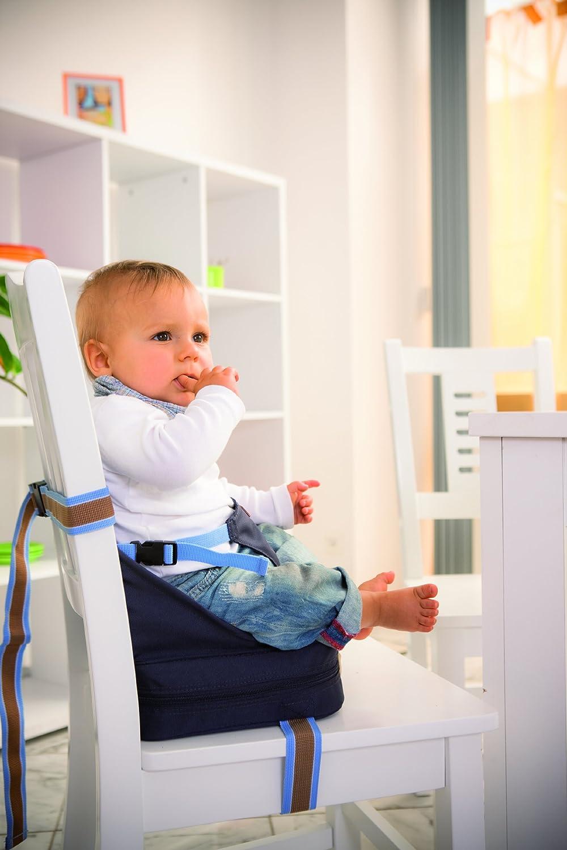 mobiler aufblasbarer Kindersitz mit erh/öhten Seitenteilen flexible Sitzerh/öhung f/ür zuhause und unterwegs roba Boostersitz
