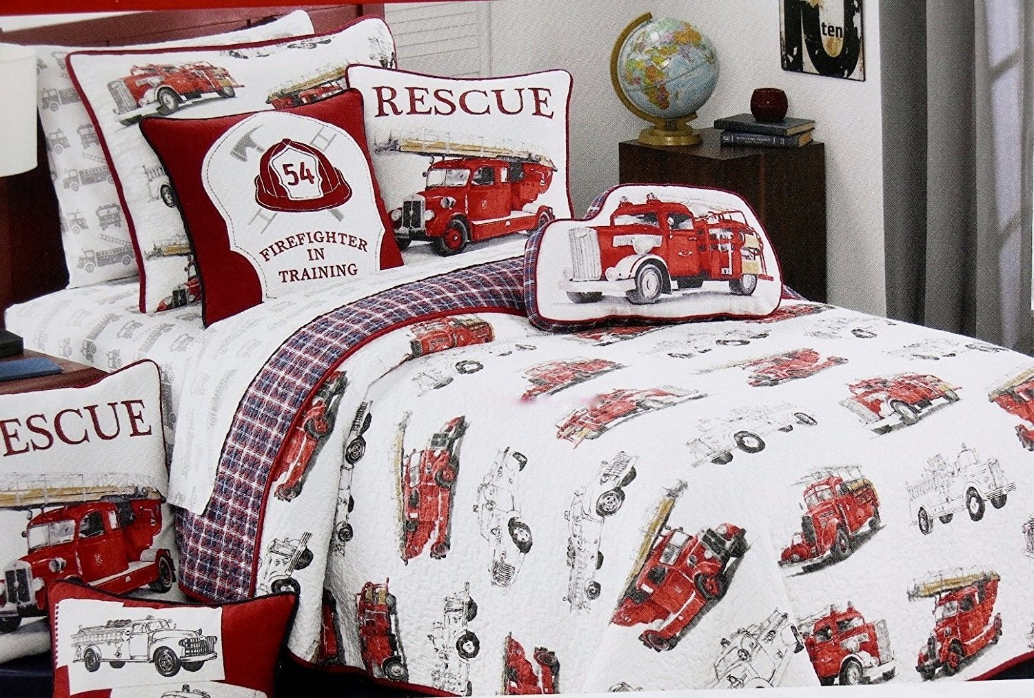 Vintage FIRE ENGINE / FIRE TRUCK Quilt Set - reversible TWIN SIZE (set includes Quilt, sham & accent pillow) by Red Truck