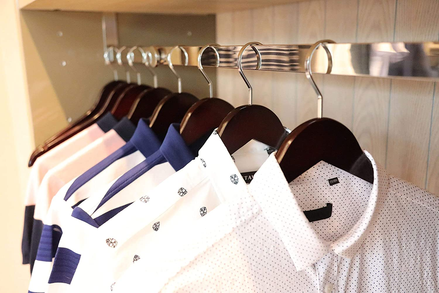 Luxury Wood Coat Hangers TOPIA HANGER Extra Strong White Wooden Suit Hangers Glossy Finish with Extra Thick Hooks/&Anti-Slip Bar 16-Pack CT01W