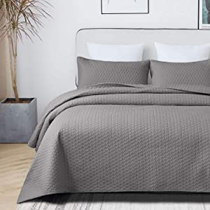 VEEYOO Quilt Set Coverlet Queen - Soft Microfiber Lightweight Coverlet Quilt for All Season, 3 Pieces Queen Quilt Set Bedspread (1 Quilt, 2 Pillow Shams, Grey)