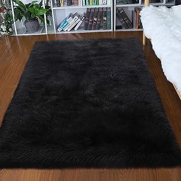Amazon Com Junovo Luxury Fluffy Area Rugs Furry Rug For Bedroom Faux Fur Sheepskin Nursery Rugs Fur Carpet For Kids Room Living Room Home Decor Floor Mat 4ft X 6ft Black Furniture