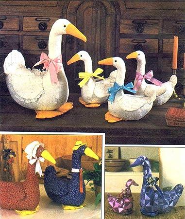 Amazon.com: Simplicity 6721 Crafts Sewing Pattern Stuffed Goose ...
