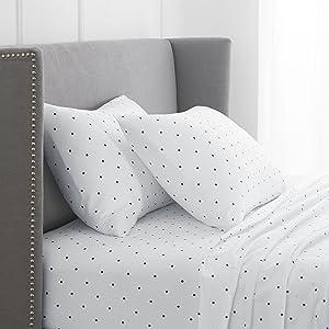 Pinzon 170 Gram Flannel Sheet Set - Cal King, Navy Dot