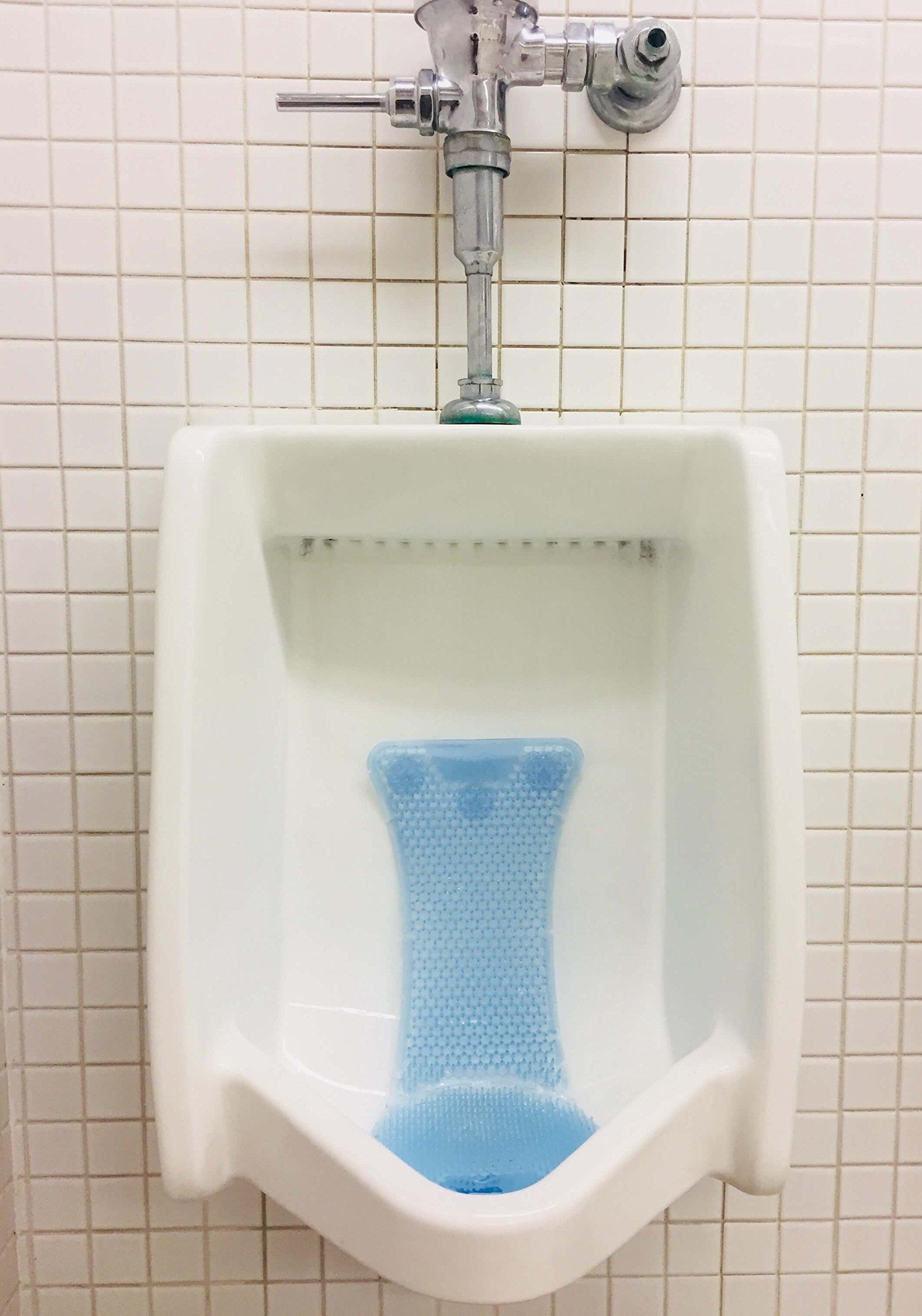 T Market Splash Hog Urinal Screen - Clean Scent   Reduces Splash-Back   Long Lasting Fragrance   Deodorizes for up to 60 Days   6-Pack, Light Blue by T Market (Image #4)