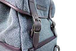 This K&F Concept backpack is a very stylish and modern backpack for photographers.