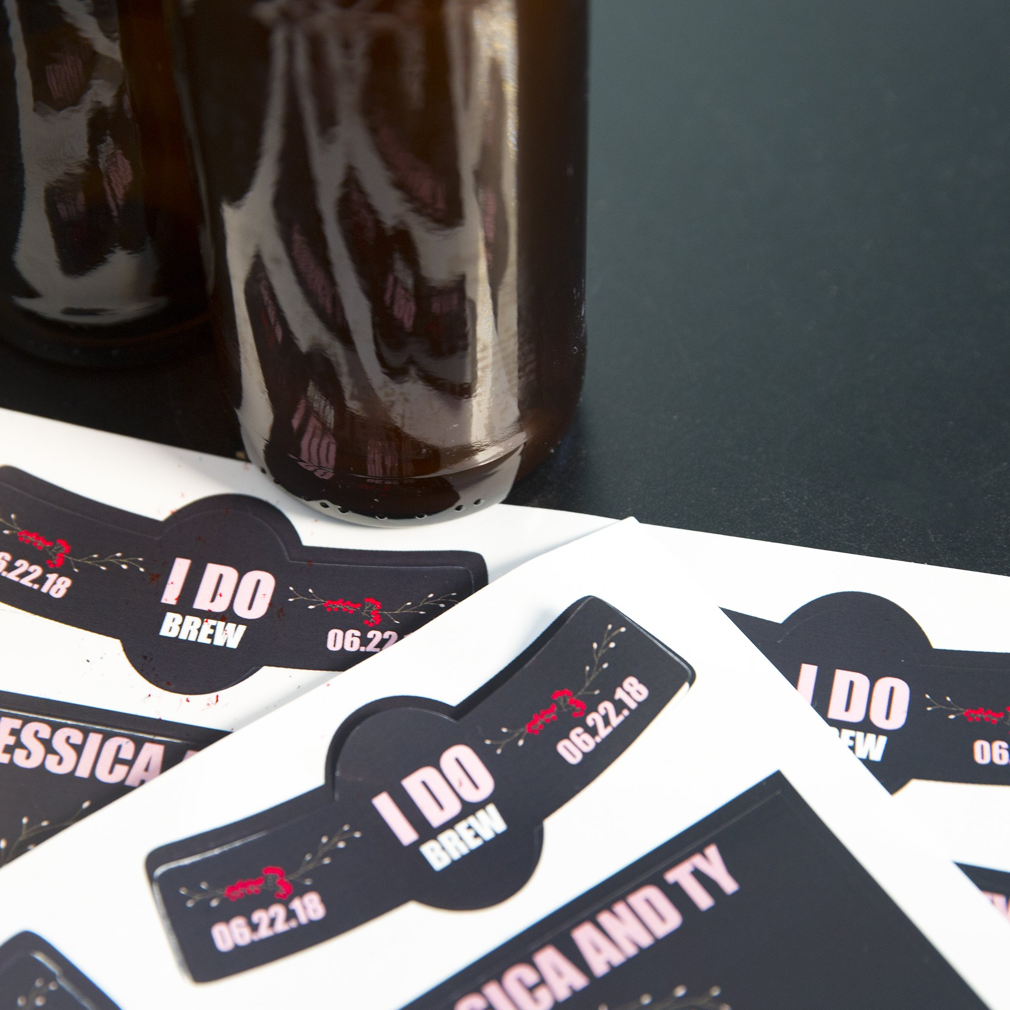 Neato Blank Beer Bottle Labels - 40 pack - Water Resistant, Vinyl, For InkJet Printers by Neato (Image #3)