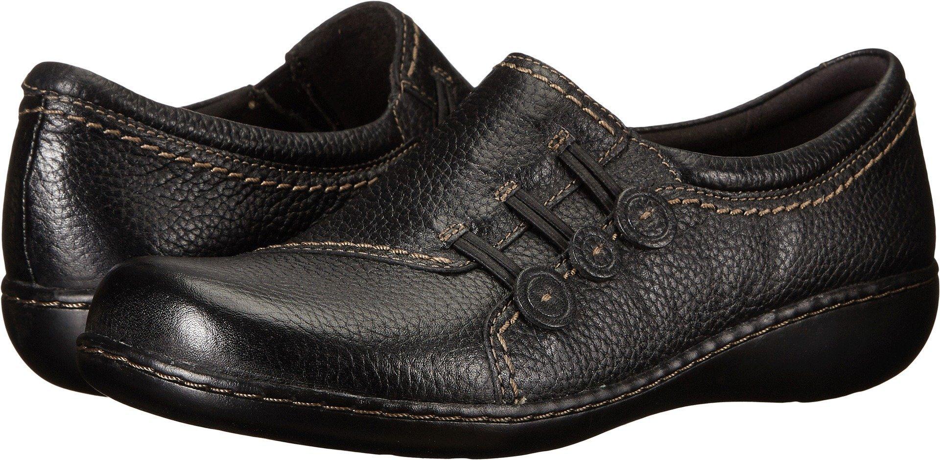CLARKS Women's Ashland Effie Slip-On Loafer,Black,5 M US