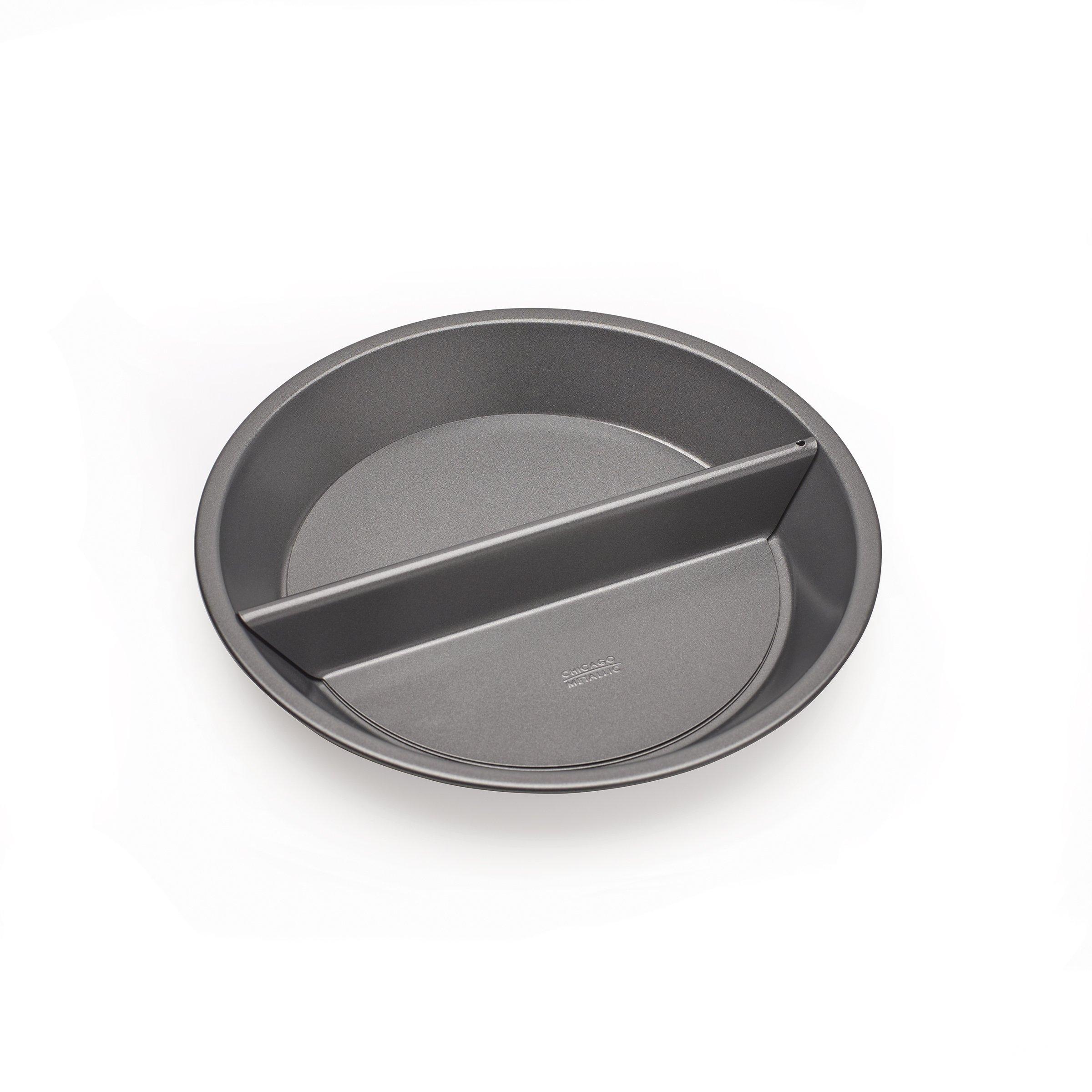 Chicago Metallic Professional Non-Stick Split Decision Pie Pan, 9-Inch by Chicago Metallic