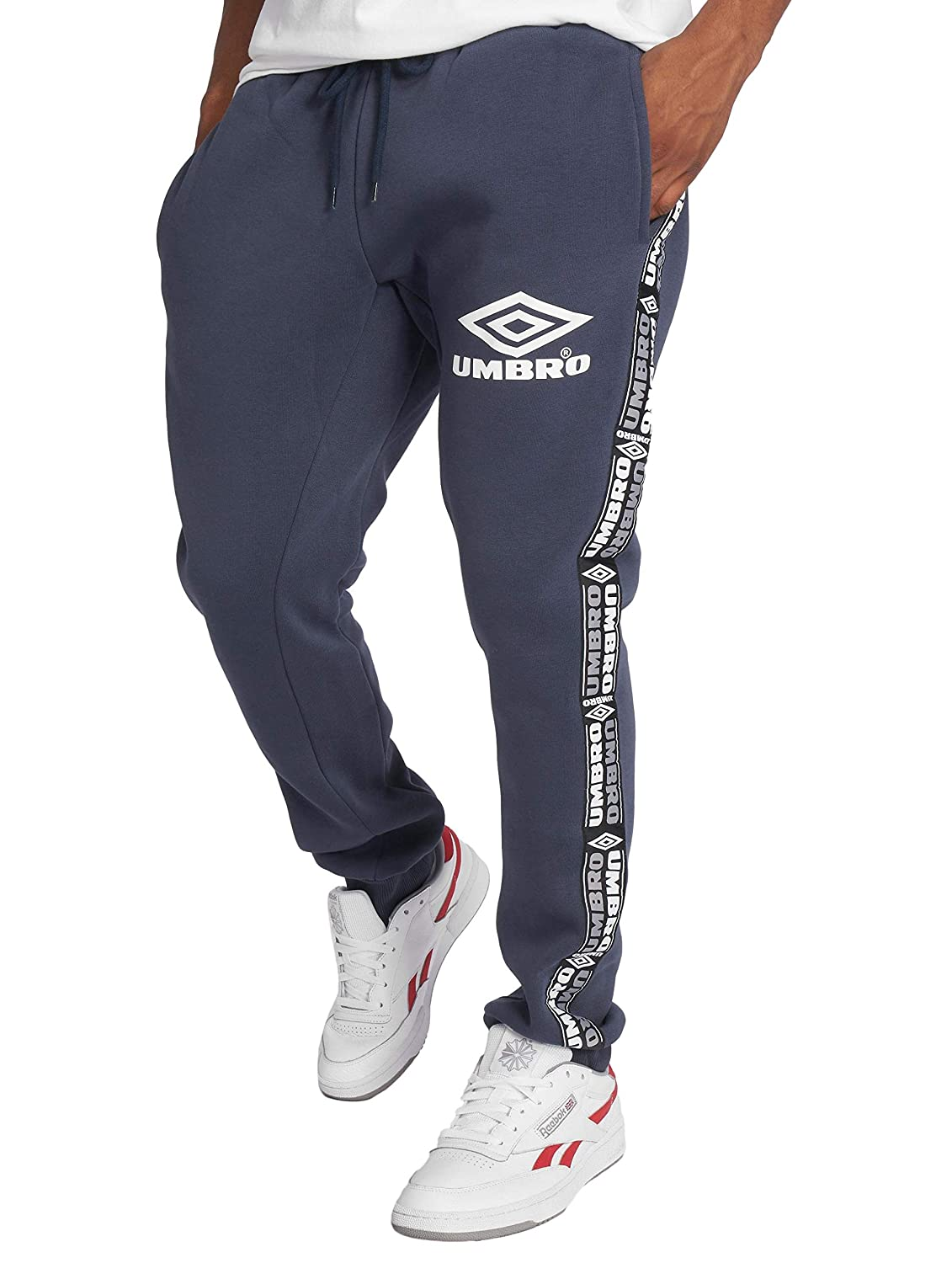 Umbro Jogger Herren Taped TAPAROT FIT JOGPANT 96K Blau Night