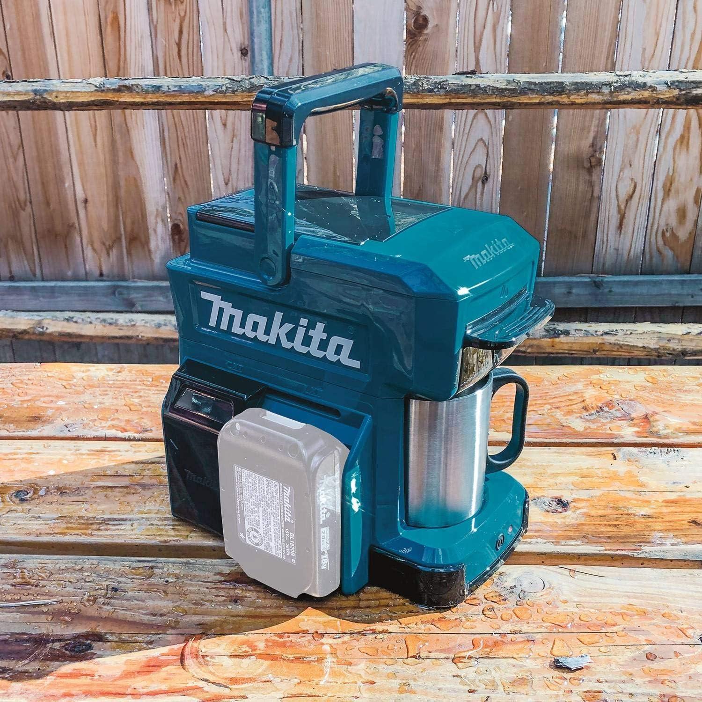 Makita DCM501Z Akku Kaffeemaschine